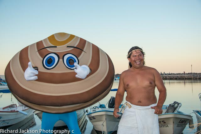 First Annual Chocolate Clam Festival in Loreto. Senor chocolate clam from Eco Alianza and Aaron the master clam diver and preparer of traditional Almejas Tatamades