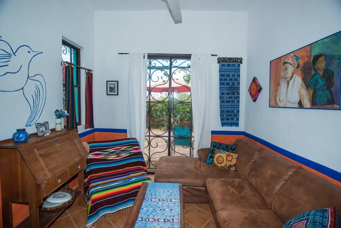 Casa Sueno de Colores downstairs den
