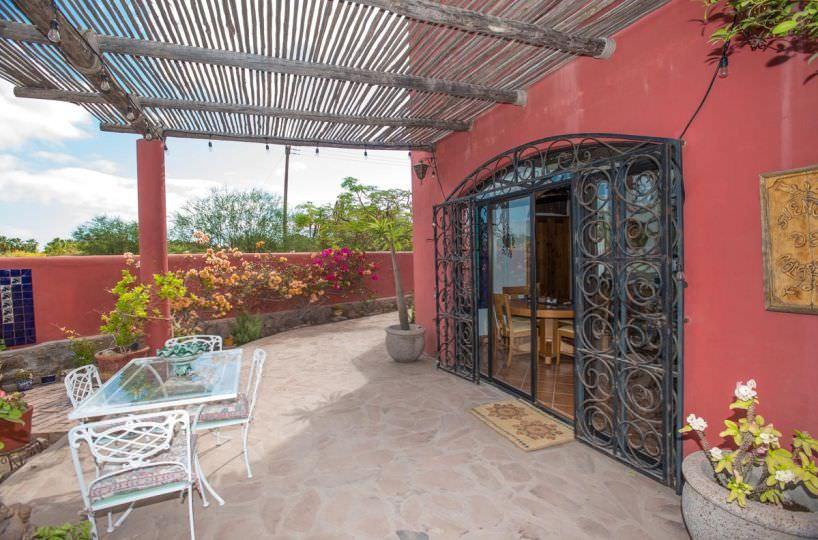 Casa Sueño de Colores terrace off of kitchen and dining room