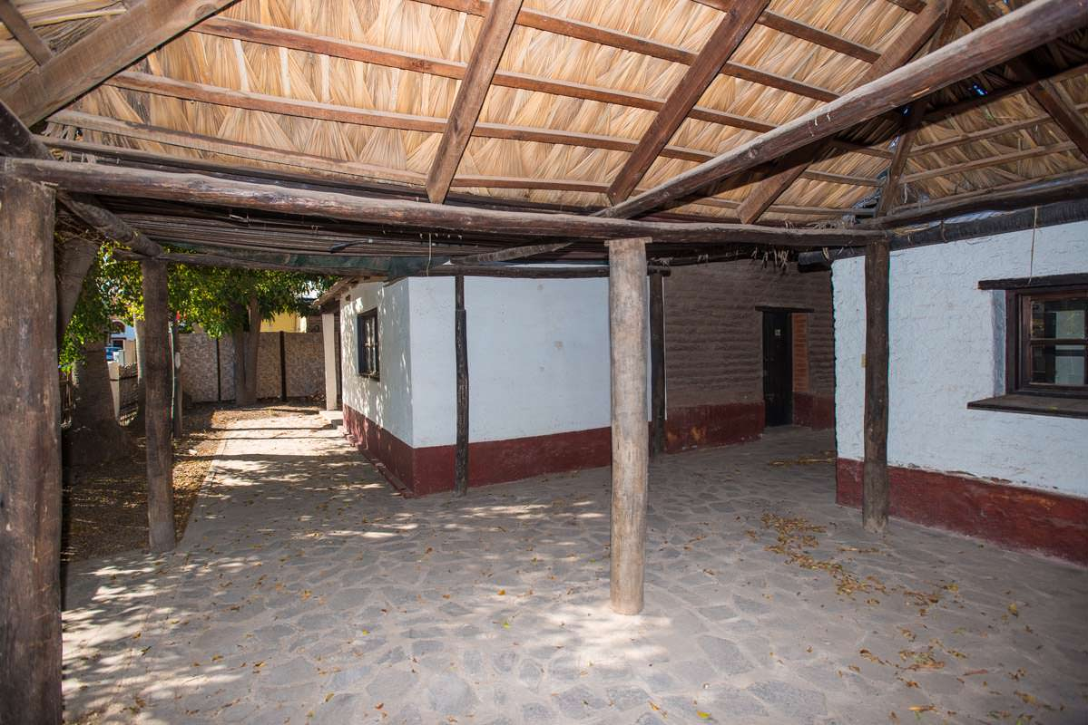 Sold adobe building in the historic district of loreto for Building an adobe house