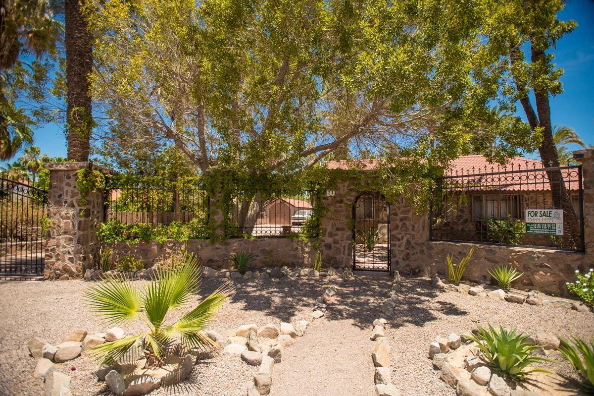 Stone House in Loreto, garden view 2