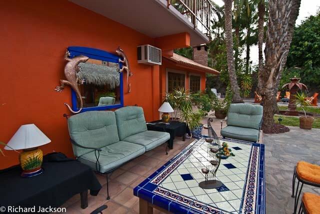 Hacienda Style Mexican Home in Loreto coffee table image 1