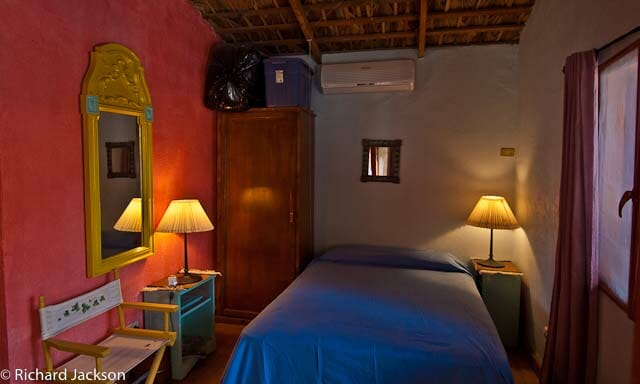 Hacienda Style Mexican Home in Loreto guest room2
