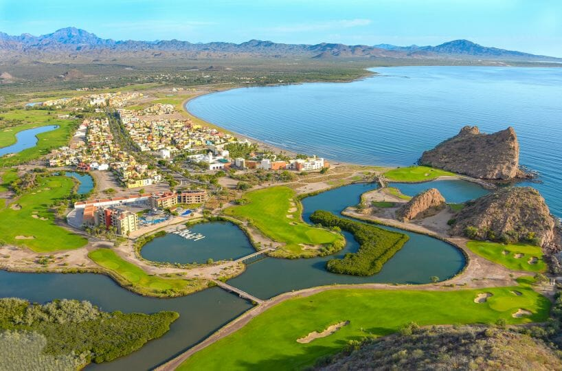 Charming two bedroom two bathroom Loreto Bay Home with great views and steps to the Sea! Beautiful location.