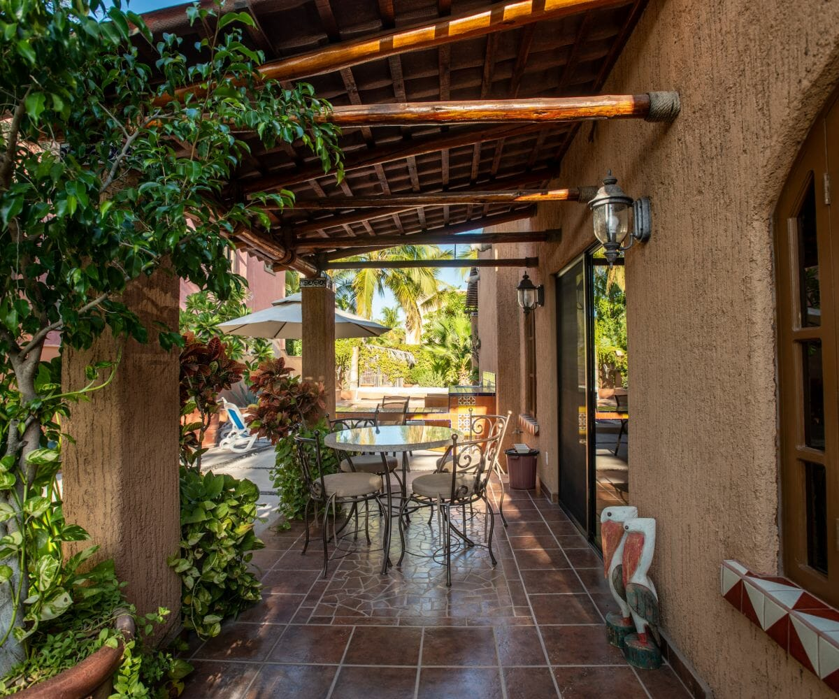 288 Davis St Loreto, Baja California Sur Mexico: Covered side yard