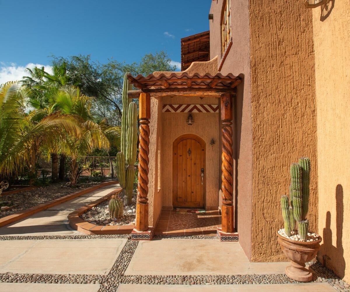 288 Davis St Loreto, Baja California Sur Mexico Front door