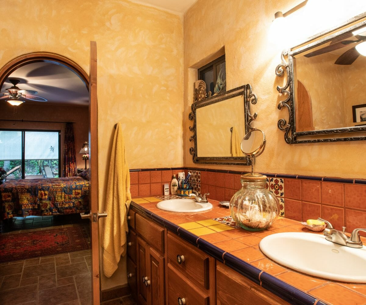 288 Davis St Loreto, Baja California Sur Mexico: Downstairs Master bath