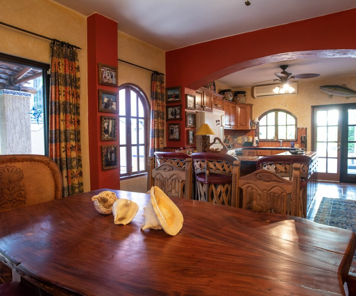 288 Davis St Loreto, Baja California Sur Mexico hard wood dining table