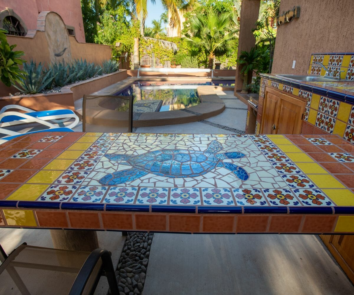 288 Davis St Loreto, Baja California Sur Mexico: outdoor eating area