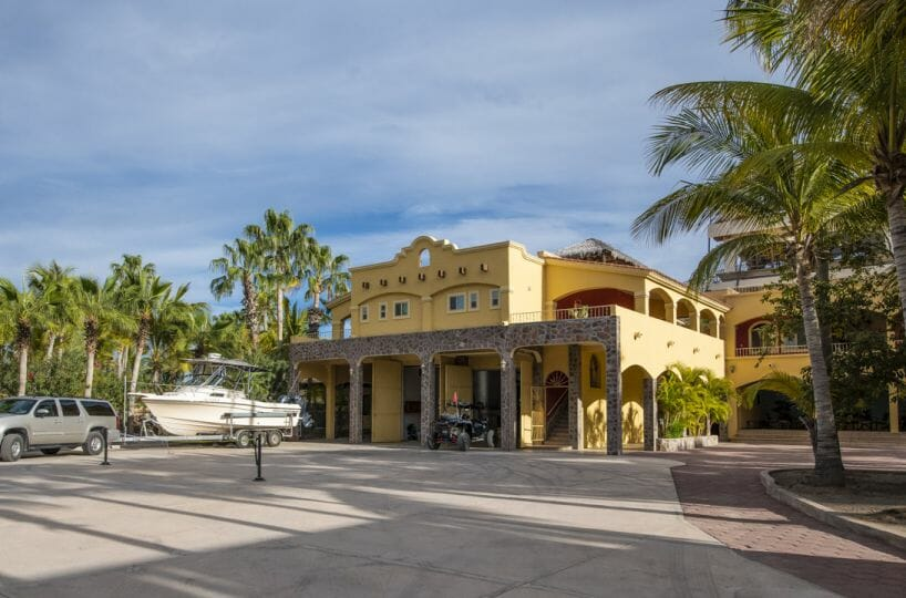Four bedroom home in Loreto on large lot with sea and mountain views