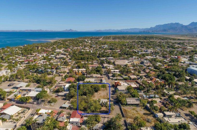 Large land parcel near historic plaza and marina in Loreto BCS