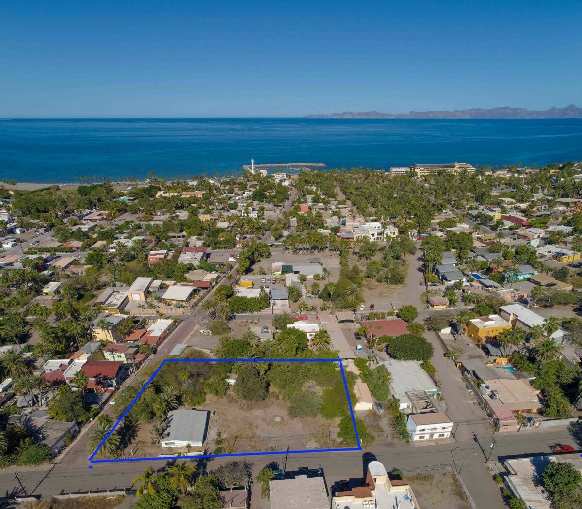 Large Property Near the Sea with Boat Garage and Guest Wing in Loreto Baja Sur: aerial view, 1.