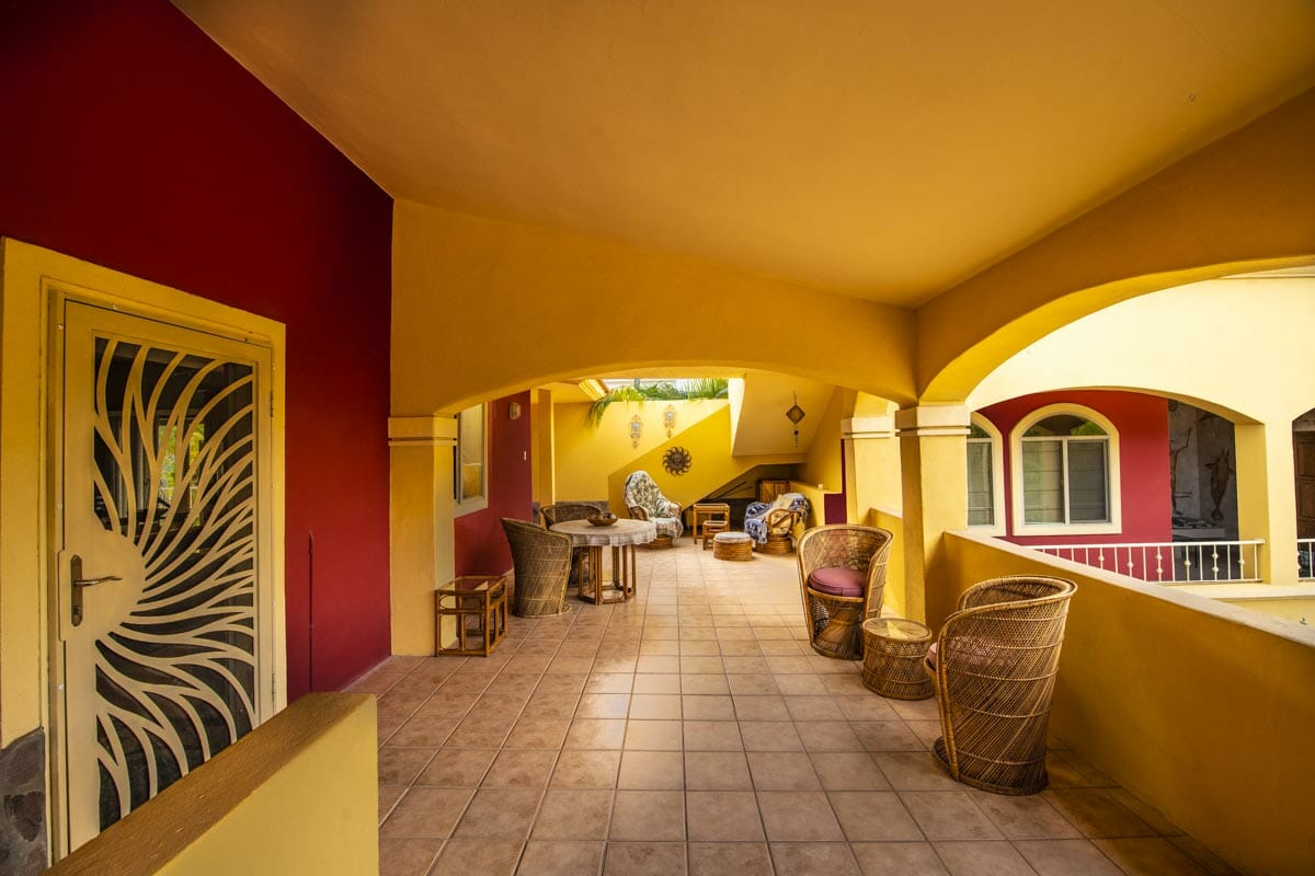 Four bedroom home in Loreto on large lot with sea and mountain views!: West side terrace