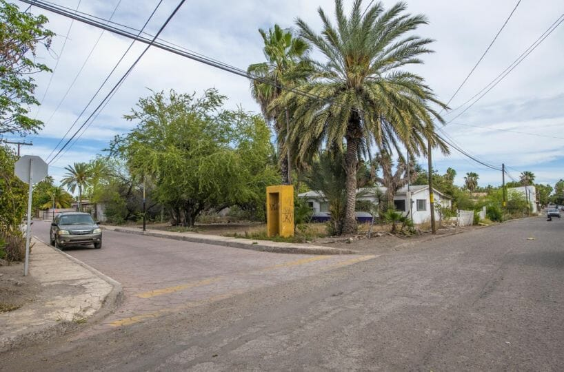 Large land parcel near historic plaza and marina in Loreto BCS. Ready to build or sub-divide.