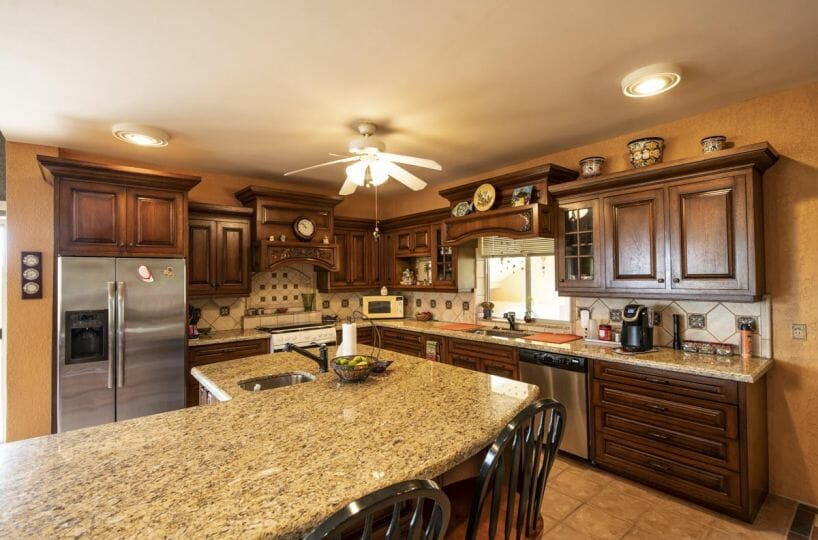 Four bedroom home in Loreto on large lot with sea and mountain views!: modern kitchen.