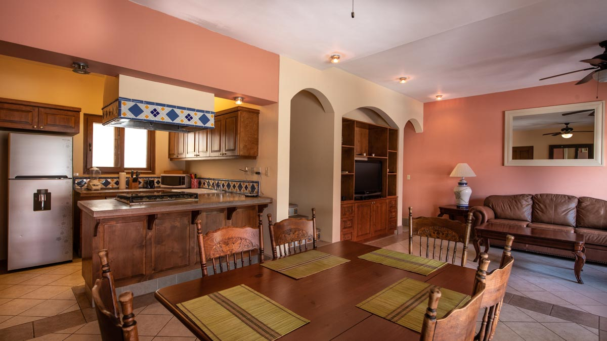 2 Bd 2 Bth Hm in private neighborhood, Loreto. Casa Dos dining area. Mision loreto Properties.