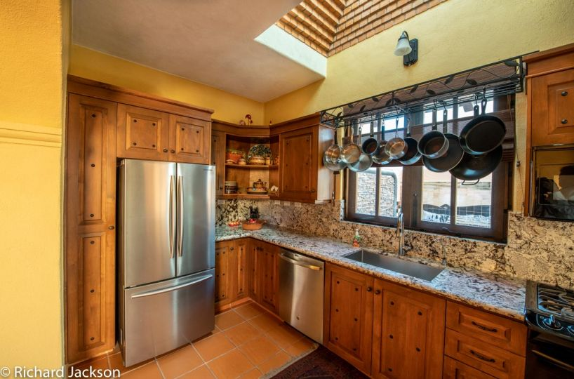 Loreto Bay Home with views and private pool: Chef's kitchen