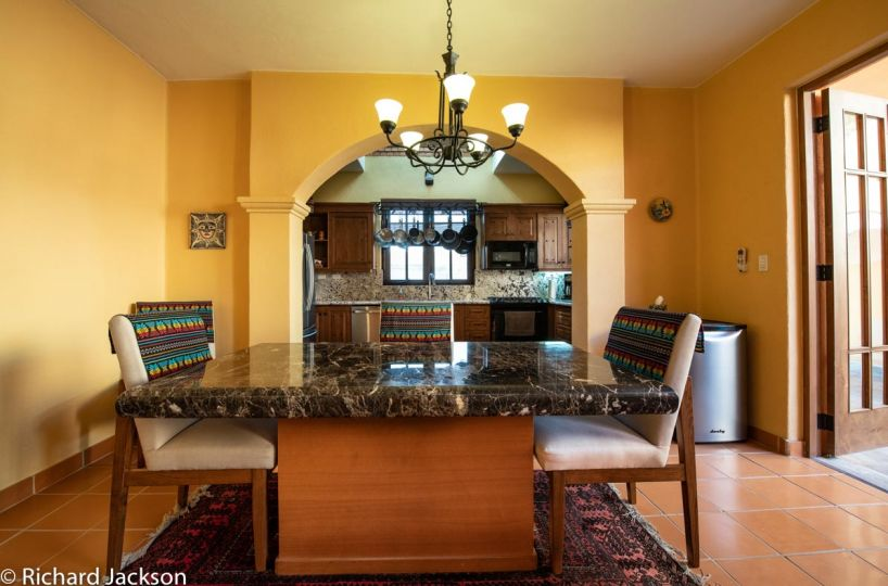 Loreto Bay Home with views and private pool: Dining room open to kitchen