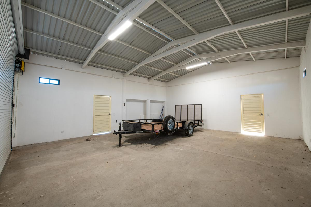 New Beachfront Home in Mil Palmas, Loreto Baja Sur: garage A inside