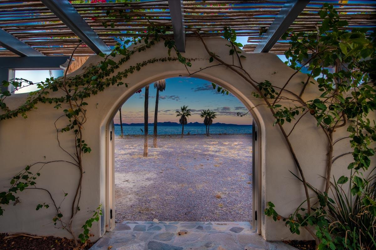 New Beachfront Home in Mil Palmas, Loreto Baja Sur: mil palmas casa beach