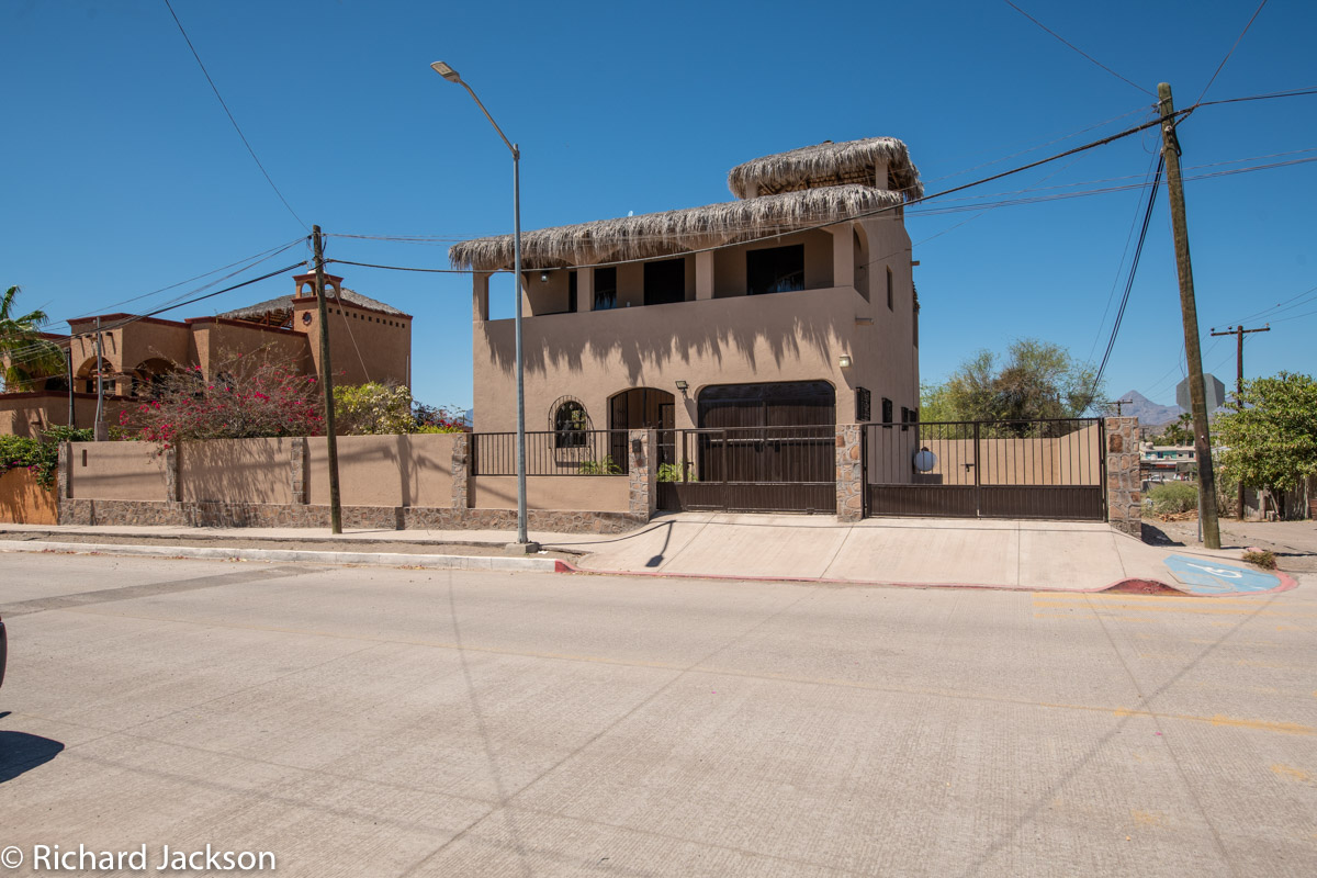 2 Bed 2 Bath 2 Blocks Away from the Beach in Loreto: Front of Casa B
