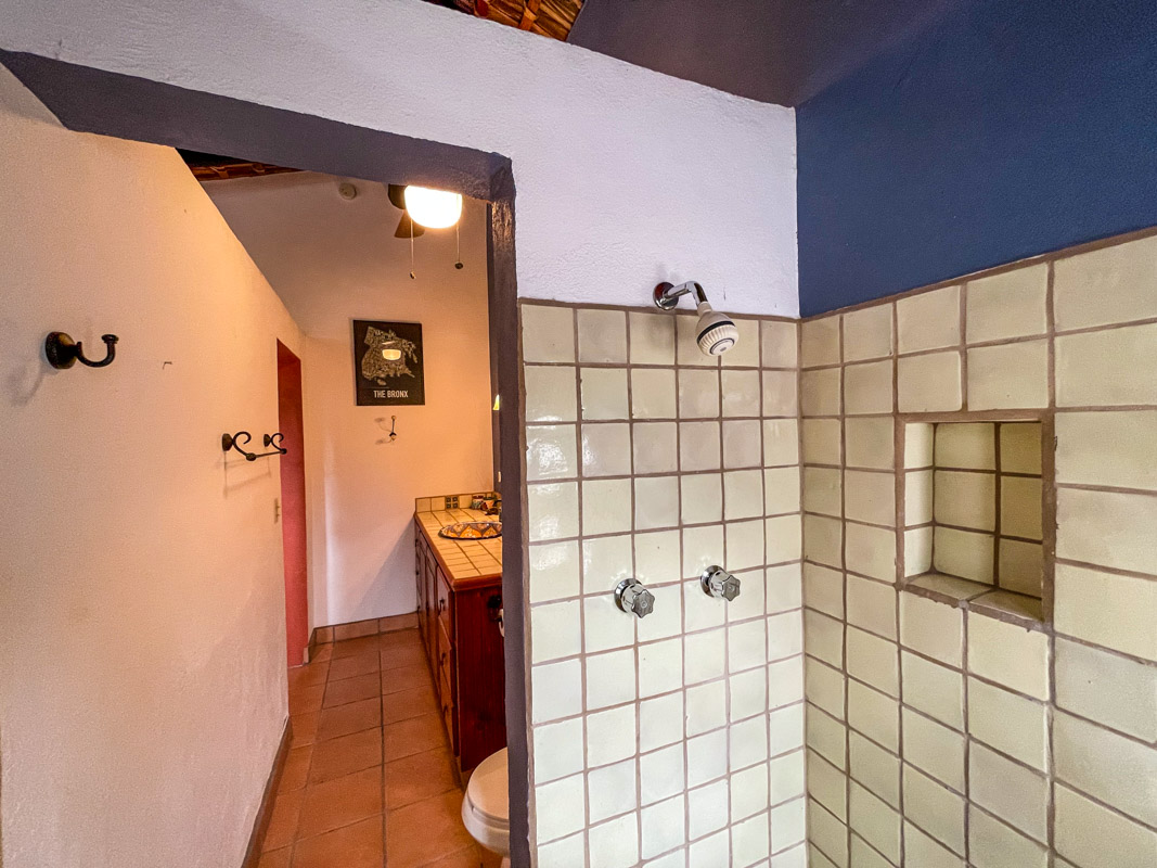 2 bed/2bath casa in private community: guest shower.