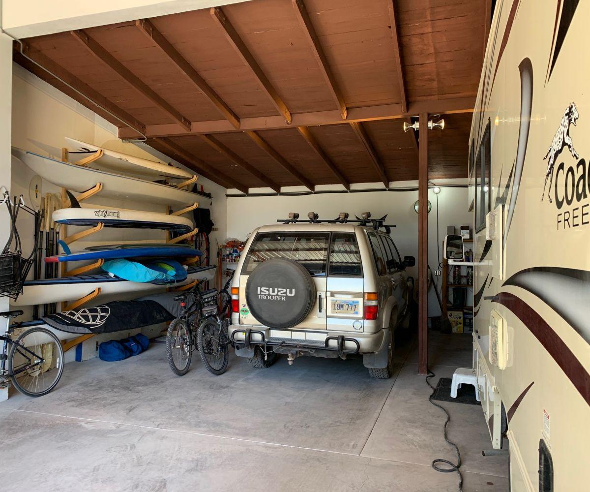 2 bed/2bath casa in private community: interior of garage.