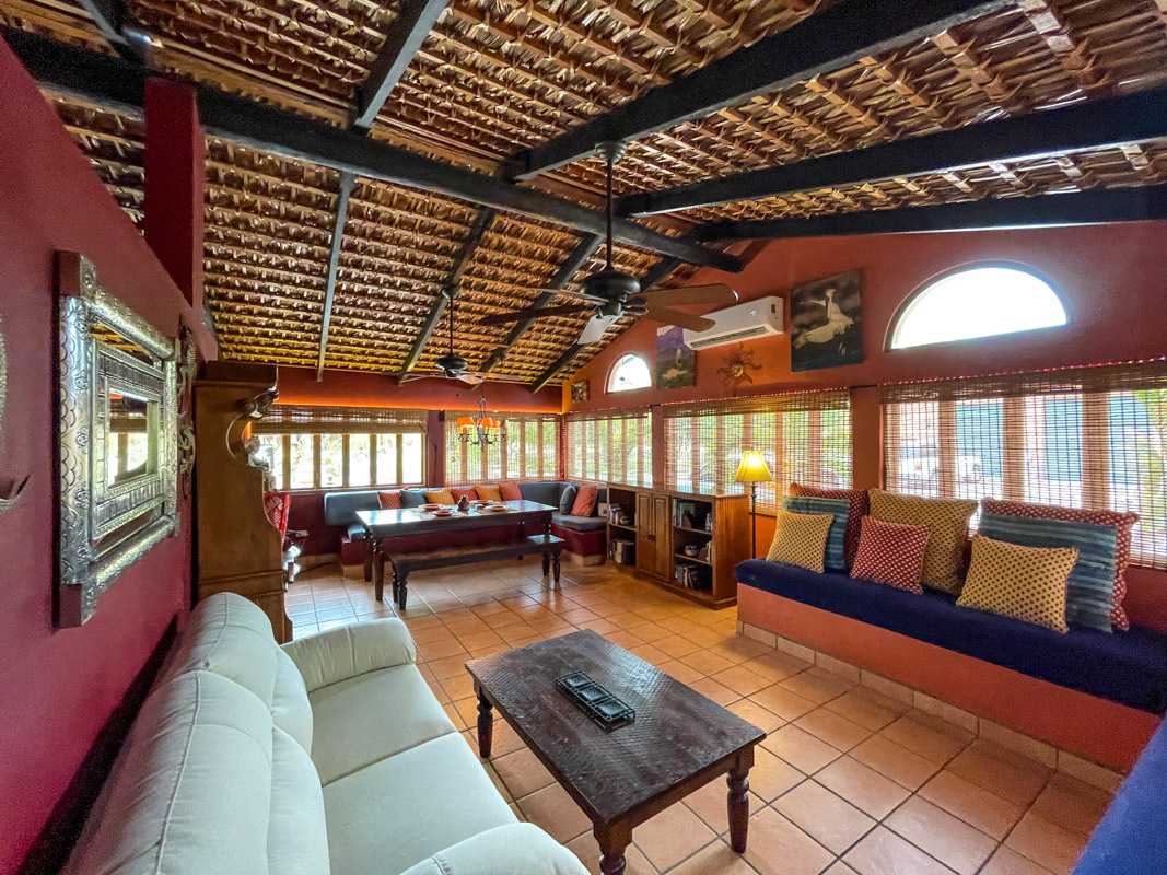 2 bed/2bath casa in private community: open living room and dinning area.